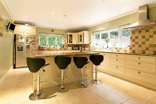 Camberley: Kitchen