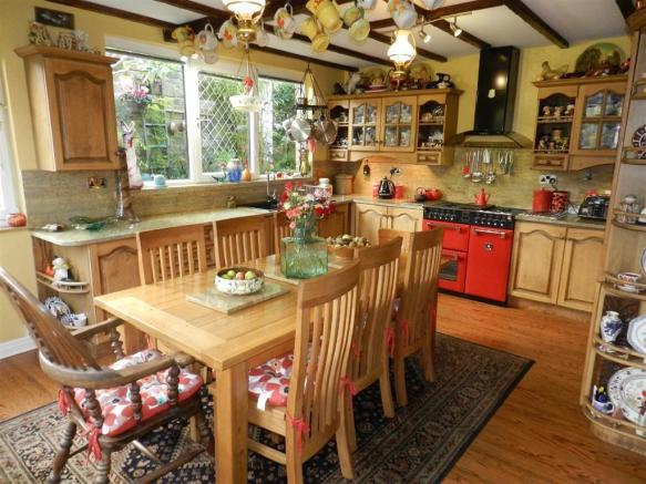 DINING LIVING KITCHE