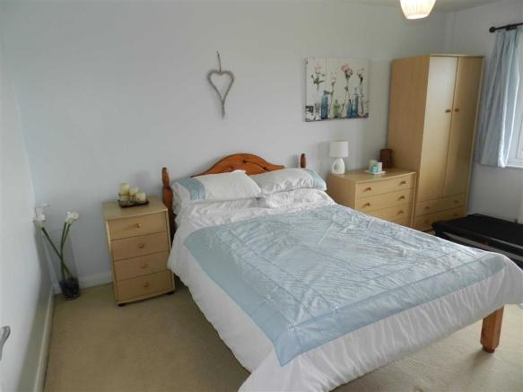 BEDROOM FOUR/GUEST B