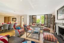 Henry Moore Court new Flat for sale