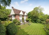 7 bedroom Detached home in Sleepers Hill...