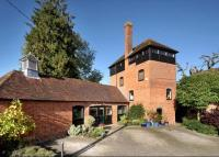 property for sale in Popes Hill, Kingsclere, Newbury, Hampshire, RG20