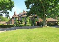 5 bedroom Detached property in Whitmead Lane, Tilford...