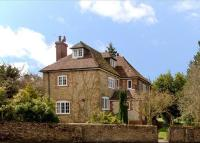 Detached house in Green Lane, Churt...