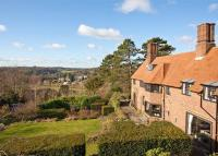 7 bedroom Detached home for sale in Warwicks Bench...