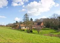 6 bed Detached home in Shillinglee...
