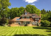 6 bedroom Detached home in Lawfords Hill Road...