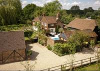 5 bedroom Detached home in Trunley Heath Road...
