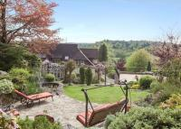 6 bed Detached home in Chantry View Road...