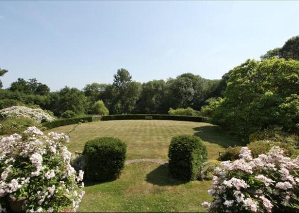 Fascinating  Bedroom House For Sale In Tong Road Brenchley Tonbridge Kent  With Extraordinary  Bedroom House For Sale In Tong Road Brenchley Tonbridge Kent  Tn With Agreeable Wooden Garden Loungers Also Herne Hill Garden Centre In Addition Belgo Covent Garden Menu And Down By The Salley Gardens As Well As Take Out Olive Garden Additionally Garden Sheds Lanarkshire From Rightmovecouk With   Extraordinary  Bedroom House For Sale In Tong Road Brenchley Tonbridge Kent  With Agreeable  Bedroom House For Sale In Tong Road Brenchley Tonbridge Kent  Tn And Fascinating Wooden Garden Loungers Also Herne Hill Garden Centre In Addition Belgo Covent Garden Menu From Rightmovecouk
