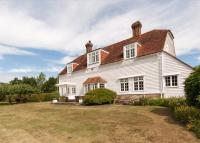 4 bed Detached house for sale in London Road, Hurst Green...