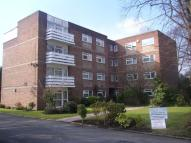 Flat to rent in Willow Bank, Manchester