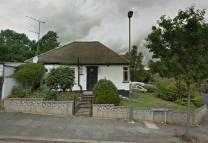 Bungalow in KING EDWARD ROAD, BARNET...
