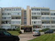 2 bed Flat in HENDON HALL COURT...