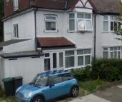7 bedroom semi detached house in KINGS CLOSE, HENDON...