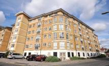 2 bed Flat in GENEVA COURT...