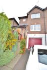 semi detached home to rent in BARRINGTON DRIVE...