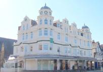2 bed Apartment for sale in Queens Road, Llandudno