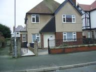 Flat to rent in 12 Gogarth Road...