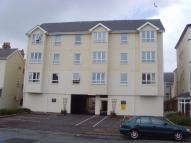 2 bed Flat to rent in 12 Llys y Capel...