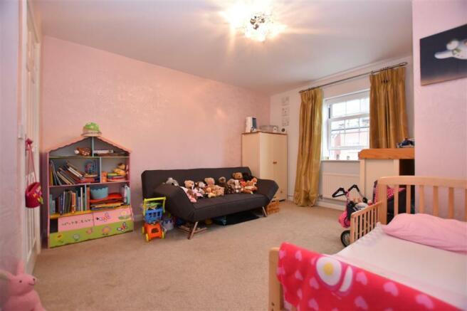 Bedroom 2 - 1st