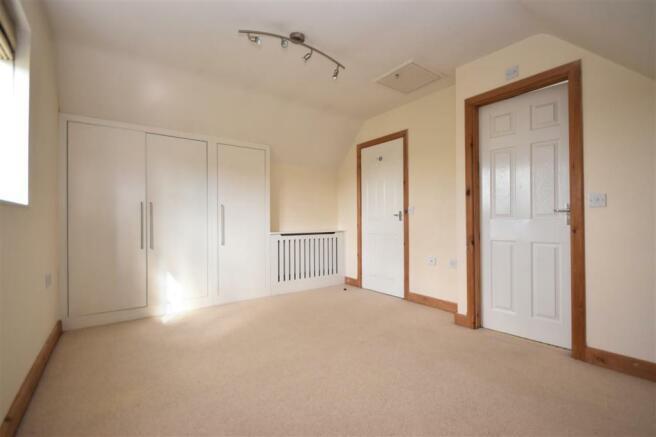 Bedroom 1 contiuned