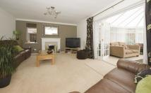 5 bed Detached property for sale in 9 Hall Meadow Hagley...