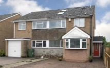 4 bed semi detached house in 14 Winds Point, Hagley...