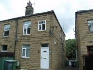 2 bed Terraced home to rent in Bradford Road, BATLEY...