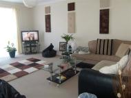 2 bed Flat to rent in Joystone Court...