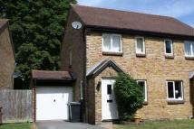 2 bedroom semi detached house in The Glebe, Cumnor