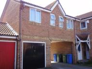 1 bed Flat to rent in Walsby Drive, Kemsley...