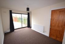 Town House to rent in Brendon Grove, NG13