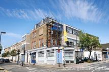 Flat to rent in Hornsey Road, Archway...