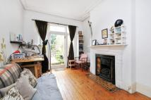 Flat in Heathville Road, London...