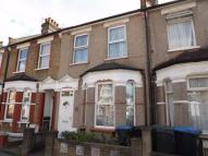 2 bed Terraced home in North Road, London