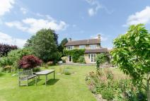 4 bedroom Detached house for sale in Higher Street...