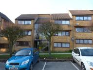1 bed Flat to rent in Ivel Court, Yeovil...