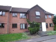Flat to rent in Bicknell Gardens, Yeovil...