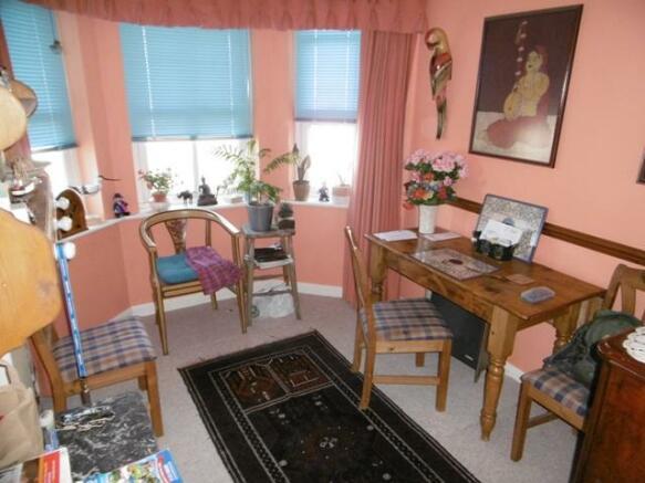 Bedroom 2/Dining Rm