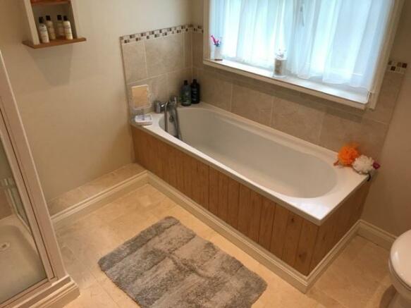 Family Bathroom V1