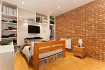 Apartment in Ockendon Road...