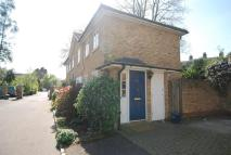 2 bedroom semi detached property in Royal Close...