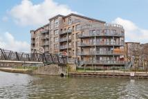 1 bed Flat in Dockside Court, E5
