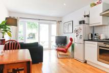Maisonette to rent in Evering Road, Hackney, E5