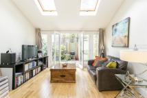 Maisonette to rent in Moresby Road, E5