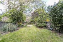 2 bed Flat to rent in Ickburgh Road, E5