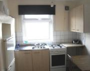 Studio flat in Cambridge Heath Road...