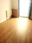 Greenwood Road Flat to rent