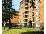 Studio flat for sale in Cranston Estate, London...